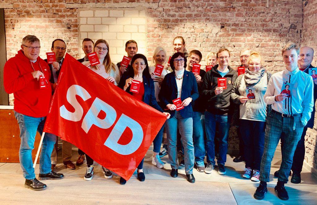 Europawahlkampf mit Birgit Sippel und den Jusos im Kreis Olpe