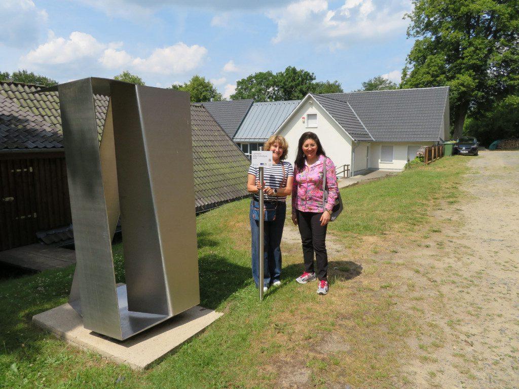 """Bereisung der LEADER-Region """"BiggeLand"""" - hier: Skulpturenweg an der Wendener Hütte"""