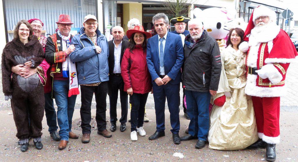 Wahlkreisbüroeröffnung am Veilchendienstag in Attendorn