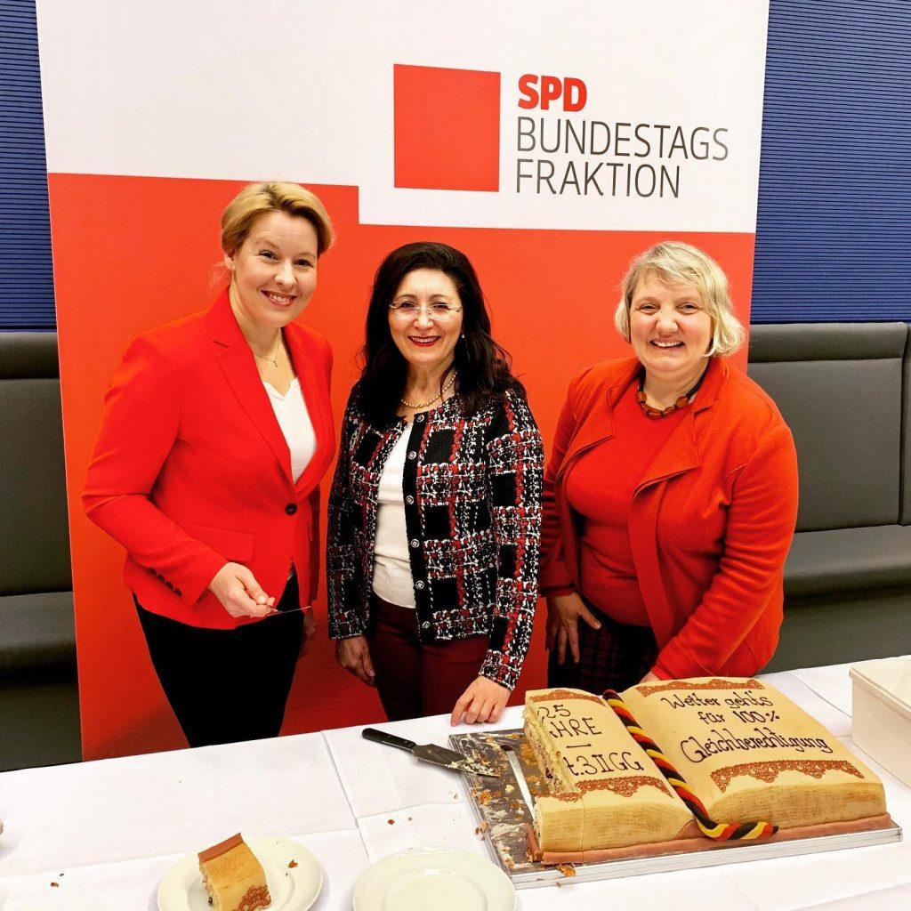 Mit Franziska Giffey und Katja Mast
